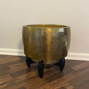 Vintage brass/gold large planter